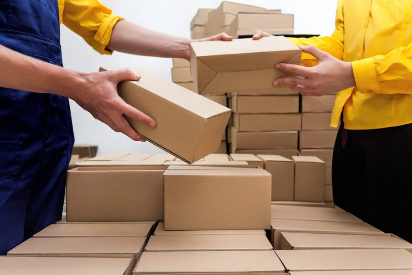 Make Hassle Free Deliveries With International Courier Services